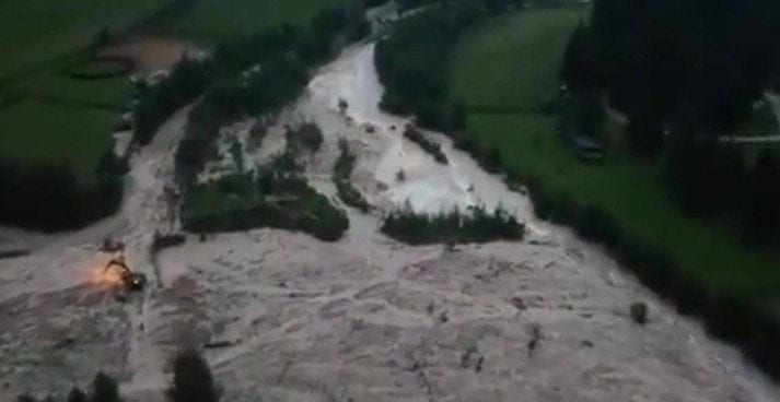 frana - GIGANTESCA FRANA a San Vigilio di Barebbe, il video è impressionante