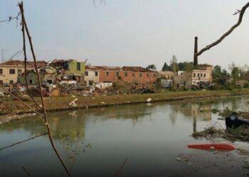 furia 350x250 - Tornado KILLER nel Tennessee: immagini paurose