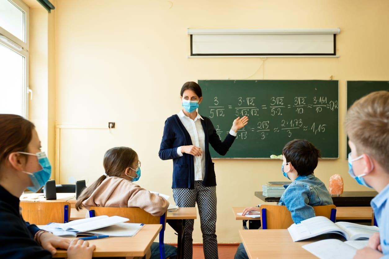 apertura scuole - Covid e riapertura scuole: molti genitori sono terrorizzati