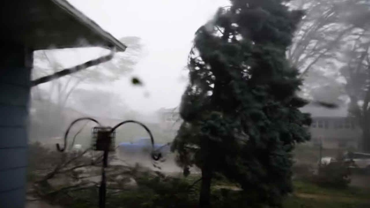 derecho downburst - Derecho, meteo estremo possibile in Italia nei temporali devastanti