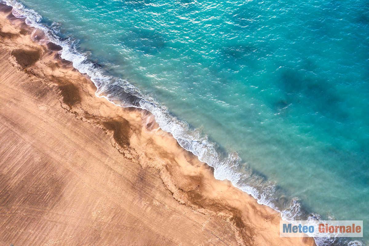 iStock 1201886528 - Meteo Ferragosto, foto esclusive d'ITALIA al mare