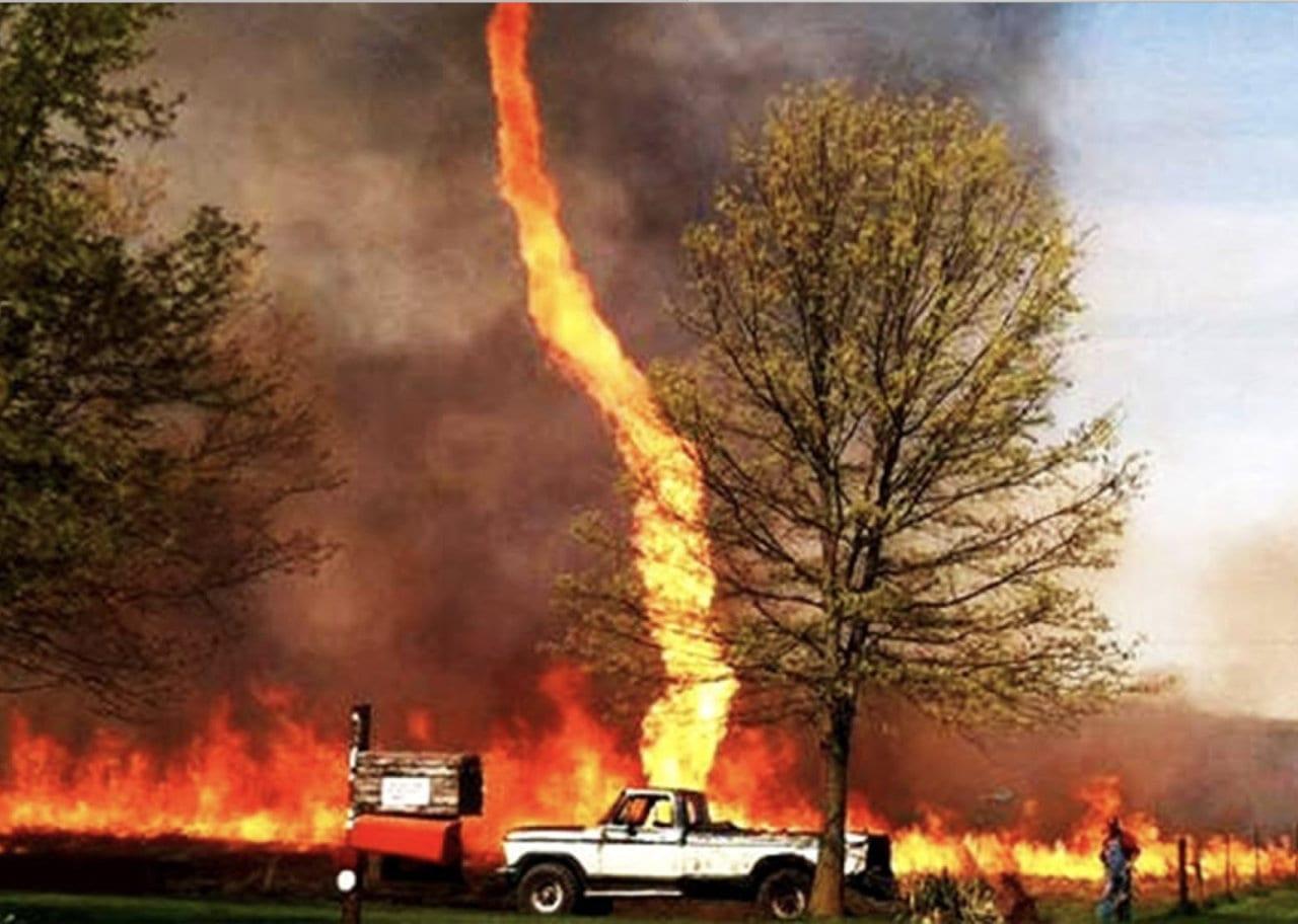 tornado di fuoco - Firenado uccide in California. In Giappone uccise migliaia di persone nel 1923