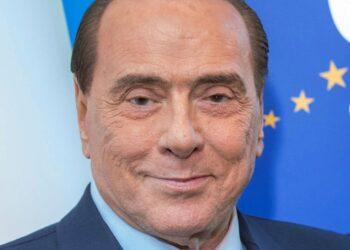 mag1 9 1 350x250 - Silvio Berlusconi ricoverato in ospedale per polmonite. Non è in terapia intensiva