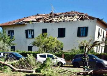 rosignano 350x250 - TORNADO su ROSIGNANO, i danni del giorno dopo: VIDEO dall'alto