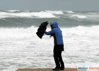 iStock 693528476 350x250 - TEMPESTA di vento in arrivo e super mareggiate. Acqua alta a Venezia