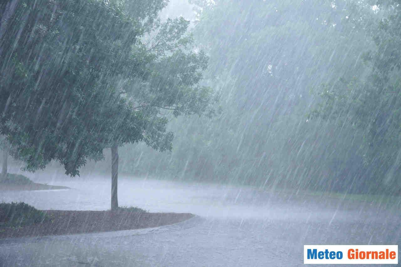 meteo giornale 00201 - Anticiclone agli sgoccioli, in arrivo prime piogge sabato. Seguirà maltempo