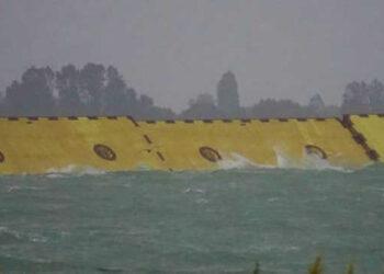 mose 1 350x250 - Venezia, la prima volta del Mose: la laguna risparmiata dall'ACQUA ALTA