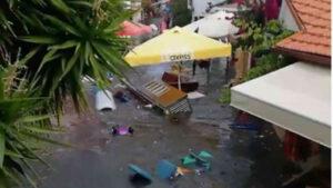 tsunami 300x169 - Non solo TERREMOTO, ma anche lo TSUNAMI devastante. Video