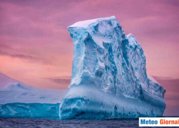 Iceberg minaccia l'ecosistema a ridosso della Georgia del Sud
