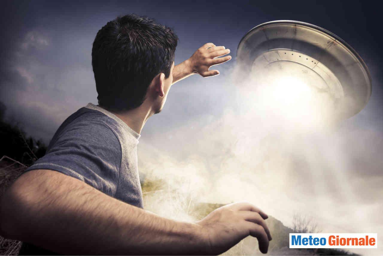 nasa ha reso pubblici dei video con degli ufo - Gli UFO esistono le prove dalla NASA. Avvistamenti. Ma non siamo pronti