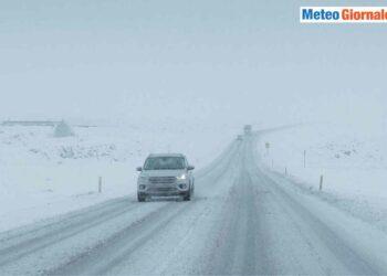 Paesaggi invernali islandesi.