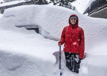 california patria del clima mite folli tempeste di neve video 350x250 - Negli USA continua a nevicare