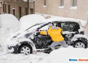 meteo giornale 00123 350x250 - Meteo Australia del sud, le peggiori tempeste di neve in 50 anni