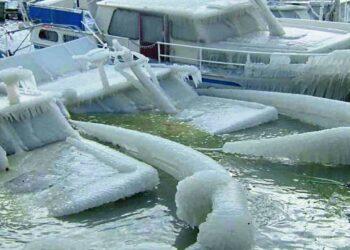 nel mare nevica disastrose a odessa citta bloccata da neve storica video meteo 350x250 - Meteo Australia del sud, le peggiori tempeste di neve in 50 anni