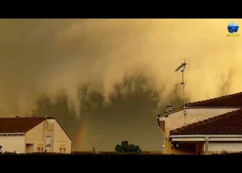 tempesta mediterranea genera temporali furiosi fin sino le baleari video meteo 350x250 - Tempesta mediterranea genera temporali furiosi fin sino le Baleari. Video meteo