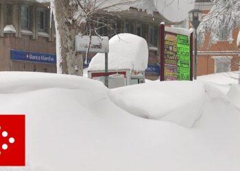 gelo ma anche 3 metri di neve er 350x250 - Meteo Italia: Marzo ci porta l'Inverno quando non serviva. Attese anche gelate