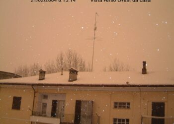 21 Febbraio 2004, la straordinaria neve rosa a Novi Ligure (AL). Fonte franco-vaccari.com