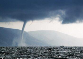 Tornado e trombe marine fenomeni sempre più frequenti in Italia