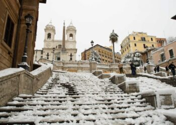 Roma imbiancata dalla neve