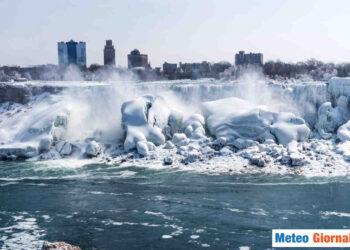 Cascata del Niagara d'Inverno.