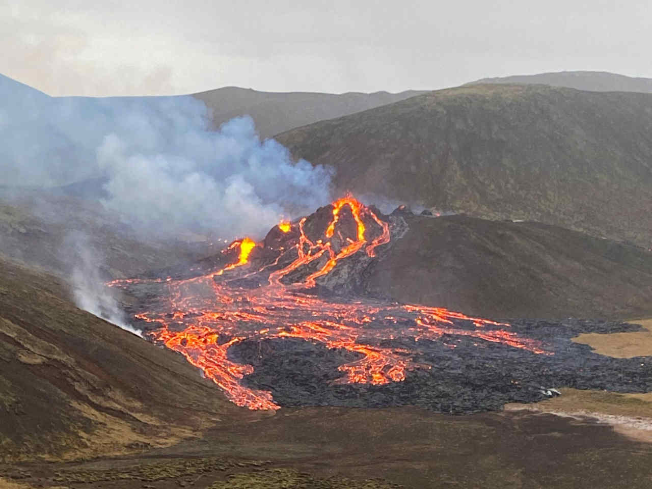 vulcano islanda - Vulcano si risveglia dopo quasi 1000 anni. Paura a Reykjavik