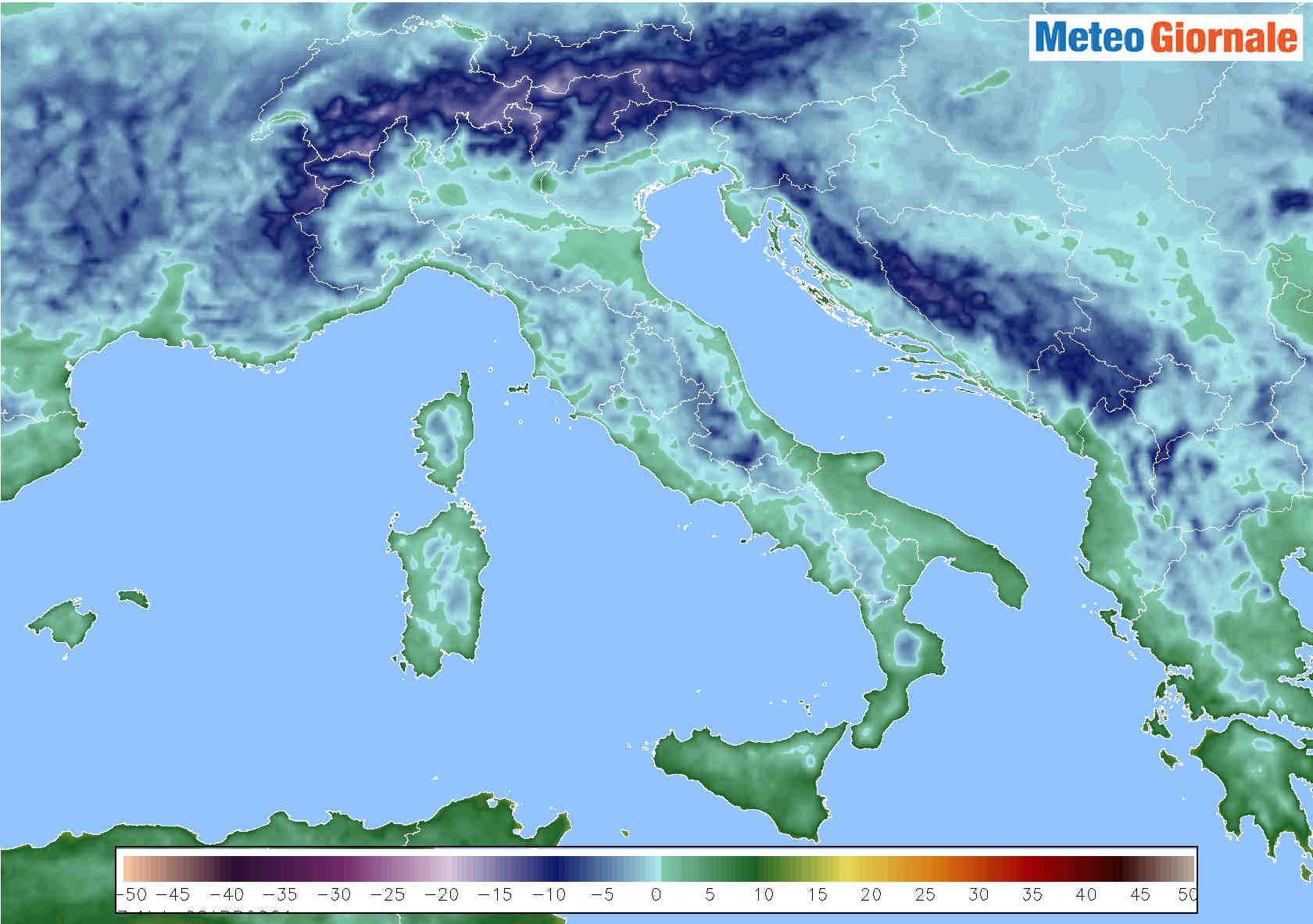 meteo con temperature basse italia base - Meteo: NEVE e GELATE sull'Italia, ecco fino a quando durerà