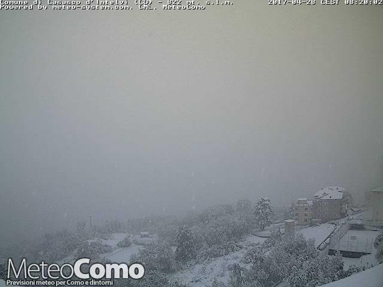 neve aprile 2017 - NEVE di fine Aprile a bassa quota sul Nord Italia. Meteo estremizzato