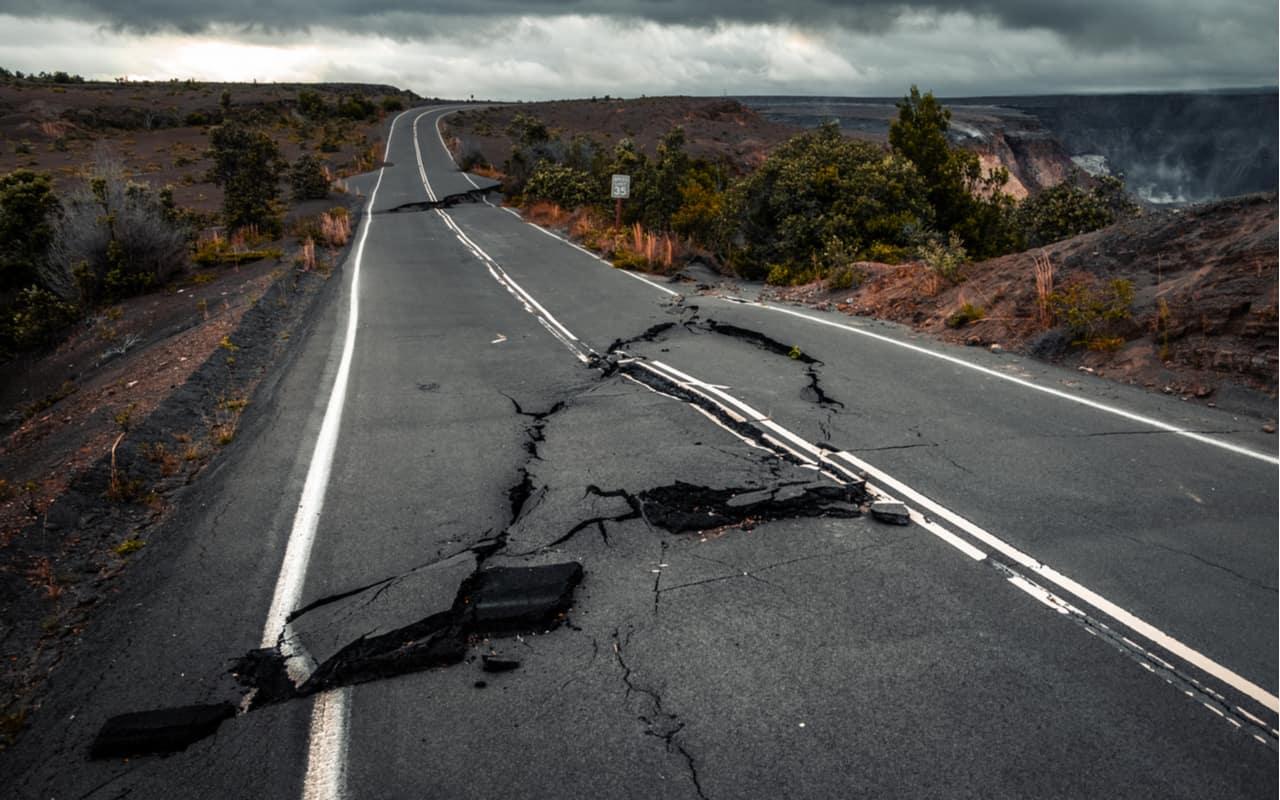 fessure stradali in messico - MESSICO, improvvise spaccature nel terreno. Rischio TERREMOTO devastante?