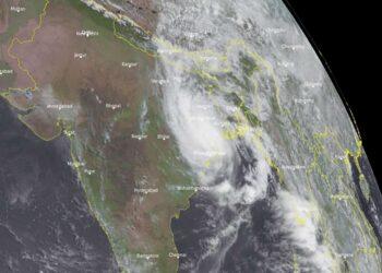 foto meteosat uragano