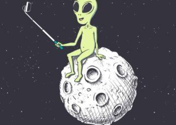 marziani 350x250 - Una grande astronave aliena avvistata vicino alla Terra. Opinioni discordanti