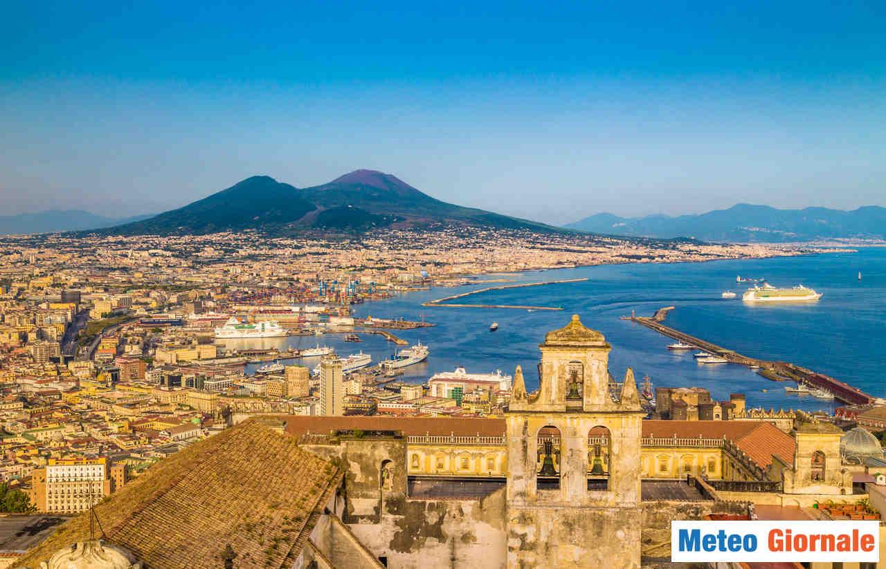 meteo 00026 - Meteo Napoli: mite, con possibili temporali da martedì