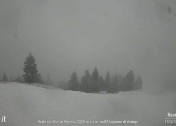 neve alpi asiago 350x250 - Torna la neve nel weekend: vediamo dove. Ecco tutti i dettagli