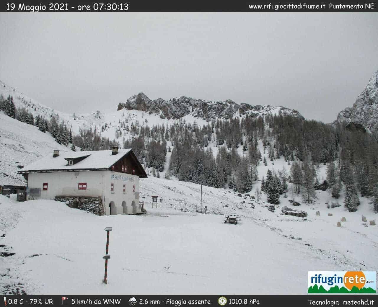 rifugio citta fiume - Meteo cronaca: FREDDO insolito con NEVE sulle Alpi a quote basse per Maggio