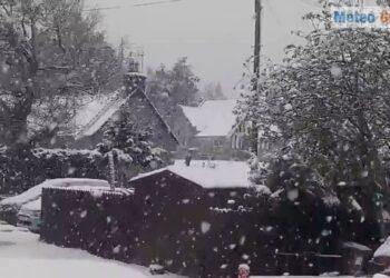 tormente di neve in scozia ma si 350x250 - Tormente di neve in Scozia, ma siamo a Maggio. Video meteo