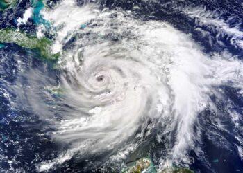 uragano Matthew colpisce Haiti 350x250 - Precoce ciclone subtropicale est delle Bermuda, Oceano Atlantico