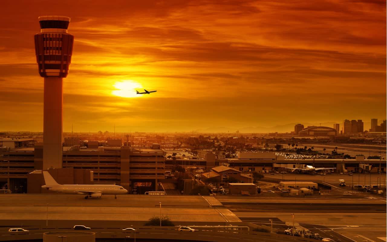 aereo decollo - Caldo estremo, gli aerei non possono decollare. Non solo neve, gelo, quindi