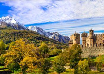 castello di fenis in valle aosta