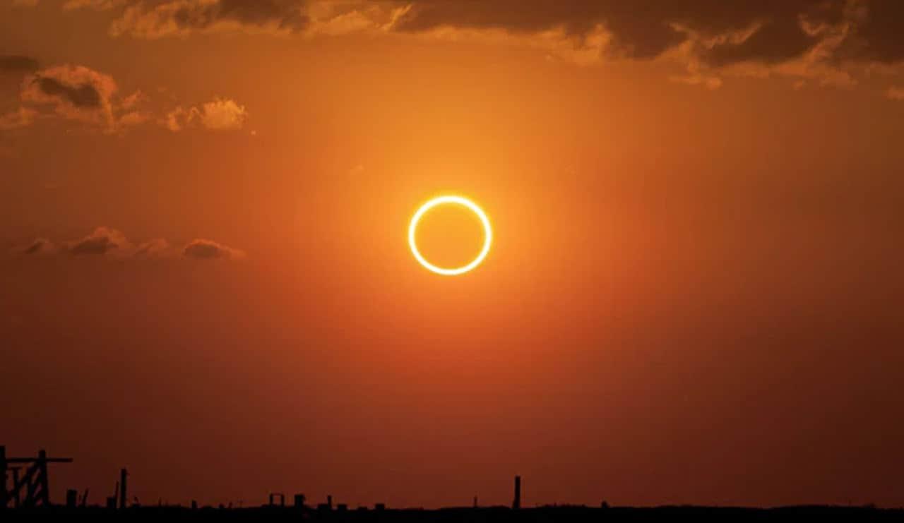 eclissi sole anulare - ECLISSI di SOLE del 10 Giugno. Ecco quando e dove osservarla dall'Italia