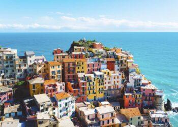 Meteo estivo per domani. Nella foto, Liguria, Cinque Terre - Manarola.