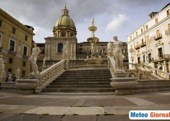 Caldo estivo su Palermo, possibili temporali verso il fine settimana.