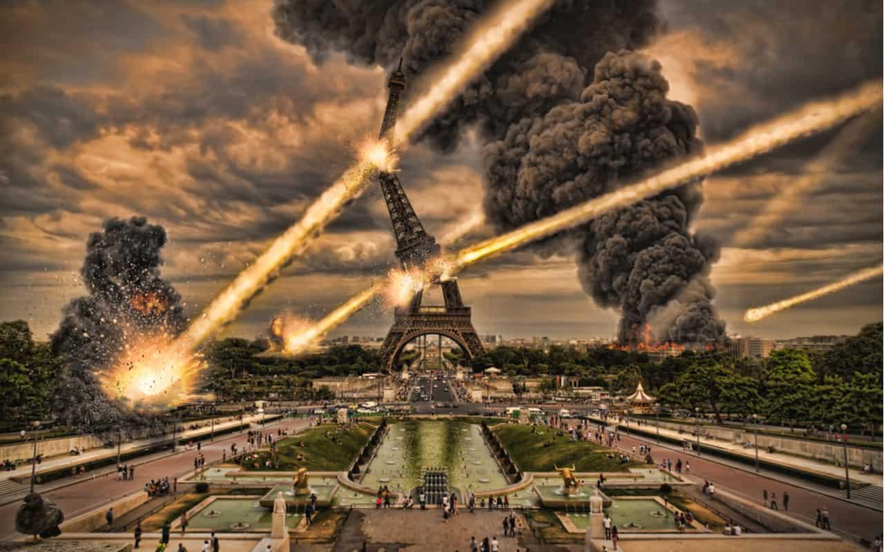 pioggia di meteoriti su parigi - La fine del Mondo. Video verrà quando saremo estinti