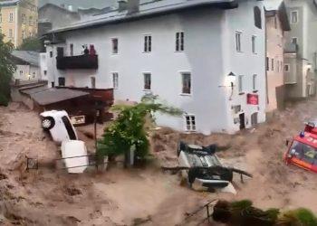 video meteo alluvioni devastanti 350x250 - Video meteo con il drone in una città devastata dall'alluvione in Germania