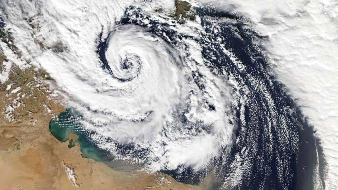 ciclone mediterraneo canale di sicilia 7 novembre 2014 - Rischio CICLONI mediterranei: il meteo estremo dell'Autunno