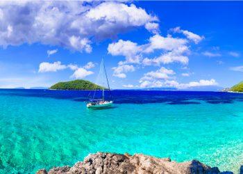 Le migliori spiagge dell'isola di Skopelos - Kastani con mare turchese cristallino