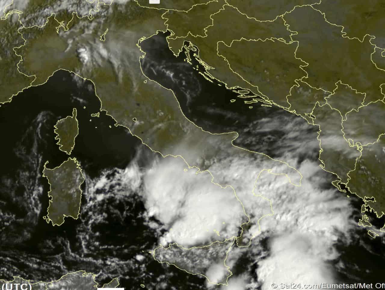 2021 09 11 11 49 38 - Meteo Italia con il cielo che ribolle di nubi pronte a scatenare forti temporali