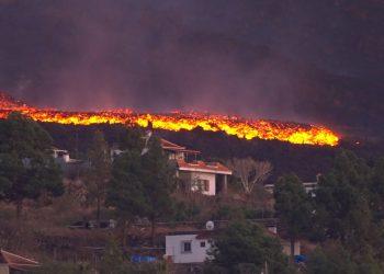 isole canarie bomba ad orologeri 350x250 - Allarme incendi in tutto il Mediterraneo. In Sicilia il fuoco circonda varie città. Video