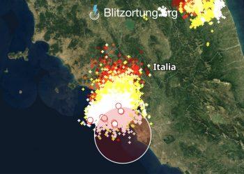 meteo lazio temporali 350x250 - Derecho, meteo estremo possibile in Italia nei temporali devastanti